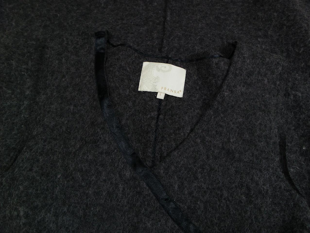 4296ac19 ... Frans størrelse L varme kjole på stropper viskose grå. <>