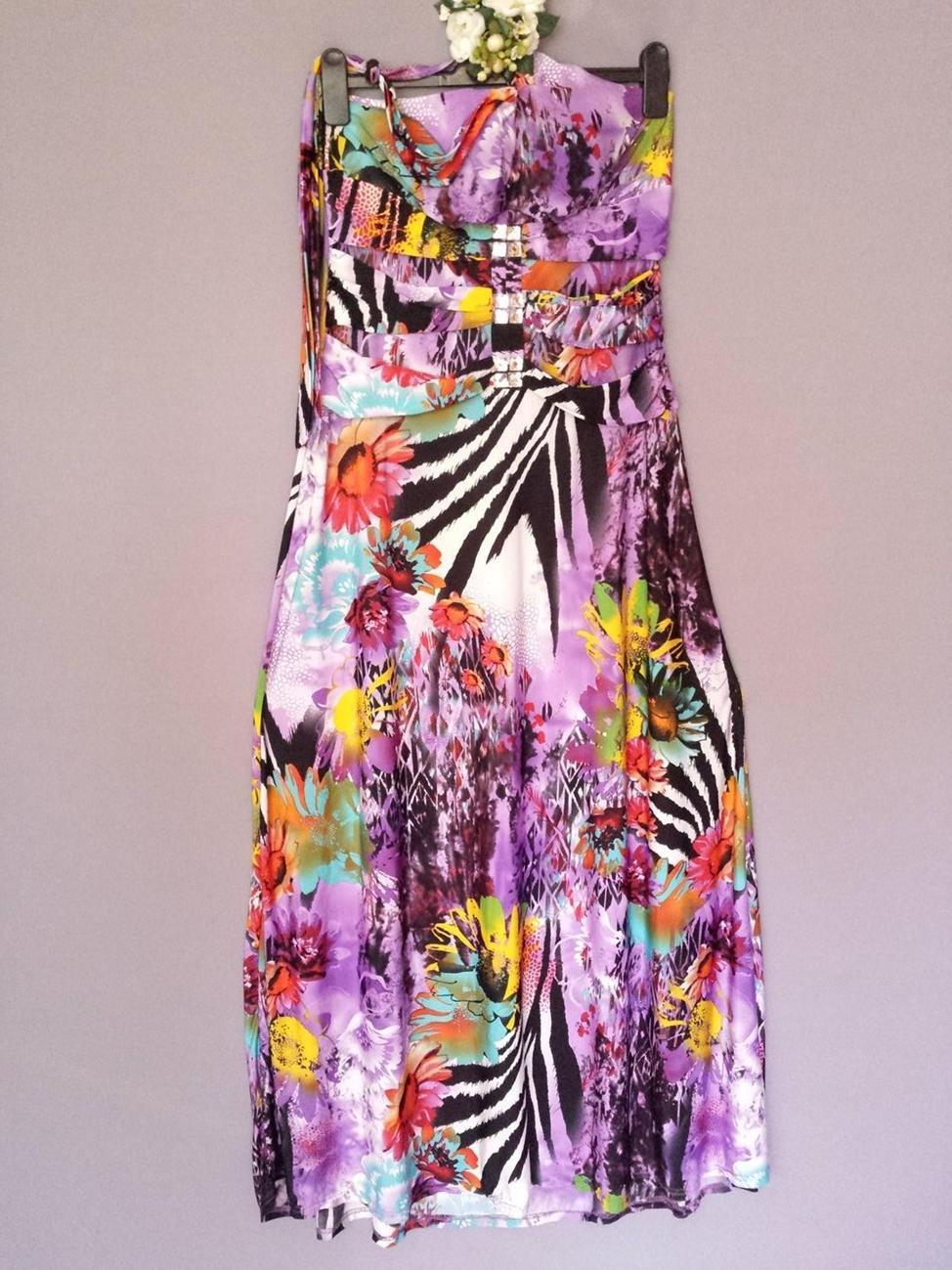 ... F  amp  tyttö kaunis pitkä mekko kukka koko XL.    34b858319a