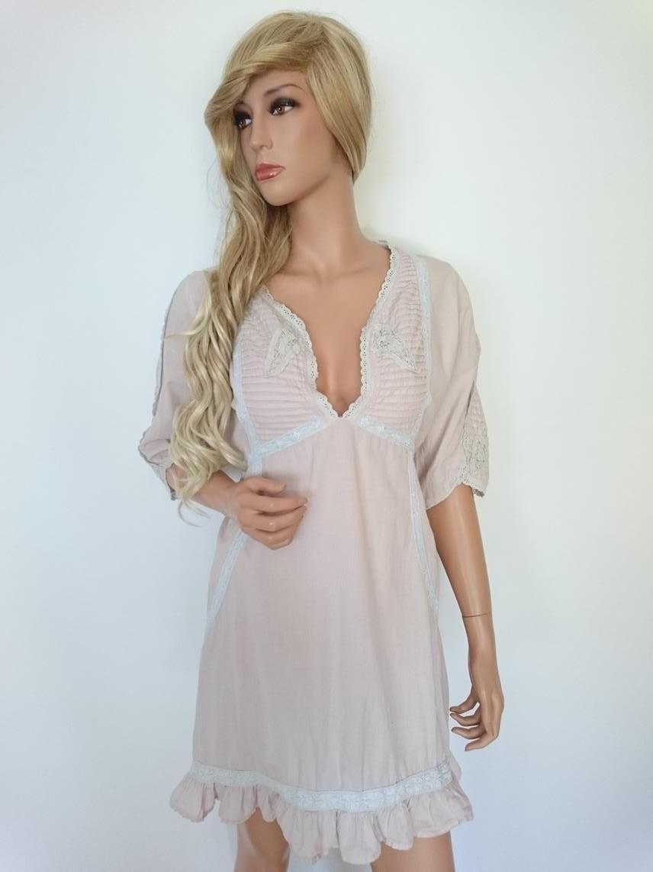 d6e3342eaa15 Cream kjole